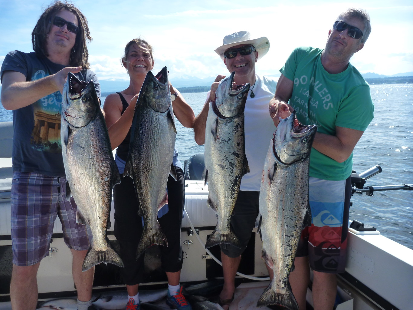 Campbell river bc guided salmon fishing charters guided for Campbell river fishing